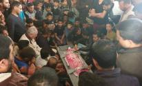 بالصور: جماهير غفيرة تُشيّع جثمان الطفل