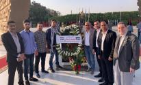 بالصور: وفد من التيار الإصلاحي يضع إكليلاً من الزهور على نصب تذكاري في مصر