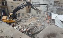بلدية الاحتلال تهدم منزل