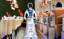 شاهدوا:مطعم هولندي يتخطى فيروس كورونا.. بـ