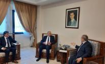أبو عمرو يسلم رسالة من الرئيس عباس إلى نظيره السوري
