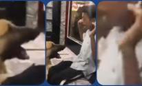 بالفيديو: حبس متهمين اثنين اعتديا على شخص من ذوي الاحتياجات الخاصة في مصر
