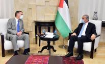 تفاصيل لقاء اشتية مع القنصل البريطاني برام الله