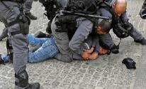 الاحتلال يعتدي على شاب في الأقصى