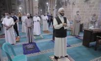 مواطنون يؤدون صلاة الفجر في مساجد محافظتي غزة والشمال