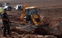 الاحتلال يجرف أراضي شمال طولكرم