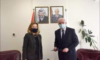 المالكي يتسلم نسخة من أوراق اعتماد القنصل البريطاني العام
