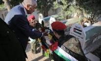 محافظ طوباس يضع إكليلاً من الزهور على النصب التذكاري للشهداء
