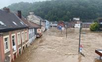 93 قتيلاً في ألمانيا و14 في بلجيكا على الأقل جراء الفيضانات.jpg