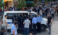 الأجهزة الأمنية تعتقل 9 نشطاء في رام الله خلال مظاهرة منددة باغتيال بنات