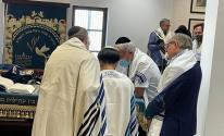شاهد.. عودة الصلاة والتراتيل بكنيس يهودي في البحرين