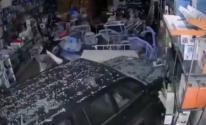 بالفيديو | امرأة سعودية تدمر محلا بسيارتها خلال تدربها على القيادة
