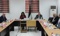 جانب من اجتماع الطرفين الفلسطيني والبريطاني