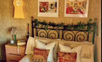 رجل مهووس بالتسعينيات يحول منزله إلى كبسولة زمنية تشبه ذلك العصر