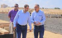 رئيس بلدية رفح يتفقد مشروع إنشاء مستشفى حمد بن جاسم