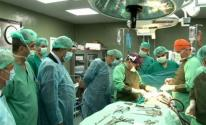 أطباء وممرضين