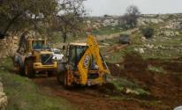 الاحتلال يجرّفأراضٍ زراعية