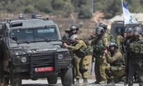 الاحتلال يطلق النار على مواطنين