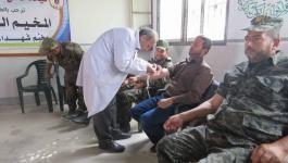 بالصور: الخدمات الطبية العسكرية تُنظم حملة للتبرع بالدم في رفح