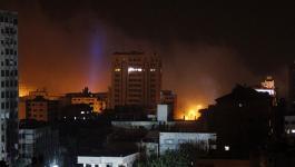 قصف على غزّة ليلا