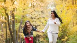 اليكٍ سيدتي:  ماذا يجب ان تفعلي لكي يبقى ولدك ايجابيّاً؟