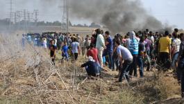 الإعلام العبري يزعم استشهاد شاب وإصابة 2 آخرين برصاص الاحتلال شرق غزّة