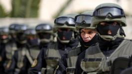 صحيفة عبرية تزعم اعتقال السلطة ضباط تمكنت حماس من تجنيدهم في الضفة