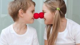 كيف تنمين جو الحب والمساندة بين أطفالك؟