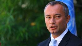 ملادينوف يصل غزّة للقاء مسؤولين فلسطينيين بشأن الانتخابات