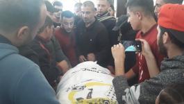 بالصور: جماهير غفيرة تشيع جثمان الشهيد الأخرس شمال القطاع