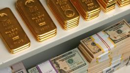 الذهب: يستقر مع تراجع