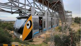 أول قطار معلق في قطاع غزة