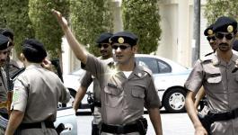 شاهدوا بالفيديو: الأمن السعودي يلقي القبض على