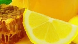 بالفيديو: كنز صحي لا يقدر بثمن لشرب الماء الدافئ مع الليمون والعسل