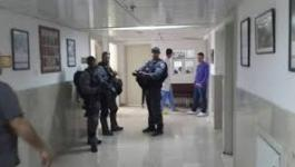 الاحتلال يحاصر مصاب بالمقاصد