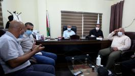 عوض وأبو نعيم يجتمعان مع خلية الأزمة لبحث تطورات كورونا بغزة