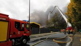 مصرع 3 أشخاص وإصابة 10 في حريق ضخم بفندق جنوب شرق روسيا