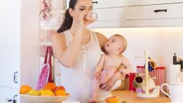 أطعمة تساعد على تخفيف الوزن بعد الولادة
