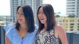 توأمتان من كوريا تلتقيان بعد 36 عاماً من انفصالهما عند الولادة