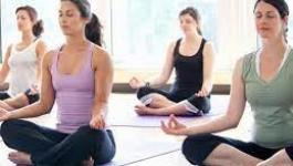 تمارين يوجا تساعد فى تخفيف الضغط النفسى