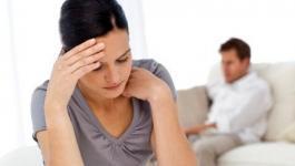 كيف تتعاملين مع الزوج البارد عاطفياً؟