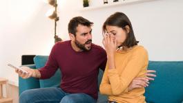 كيف تتعاملين مع الزوج الذي يهينك؟