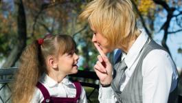 طرق تعويد الطفل على عدم مقاطعة الحديث