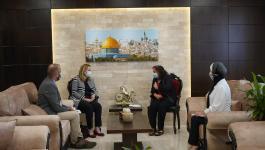 تفاصيل اجتماع الكيلة مع القنصل البريطاني العام بالقدس