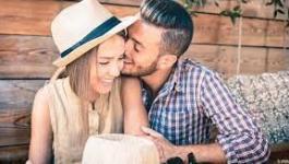 أغرب التصرفات التي يحبها الرجل في المرأة
