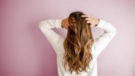 وصفات طبيعية لمنع تساقط الشعر