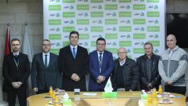 جوال توقع اتفاقيّتي دعم وتعاون مع بلدية الشوكة برفح وجمعية الشبان المسيحية بغزّة