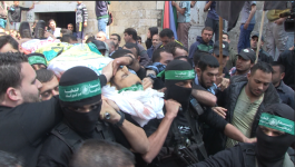 بالفيديو: القسام تُشيّع جثمان شهيدها