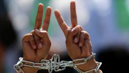 شهادة أسيران تعرضا للاعتداء داخل سجون الاحتلال.jpg