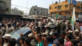 جماهير غفيرة تشيّع جثمان شهيد التفجير الانتحاري برفح في حشد عسكري مهيب